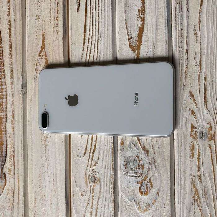 iPhone 8 Plus 64GB Silver БУ iPoster.ua