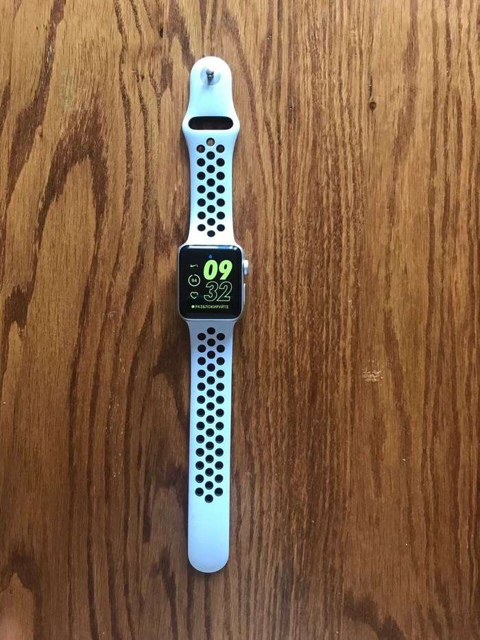 Apple Watch Nike+ Series 3 38mm Sport Band БУ iPoster.ua