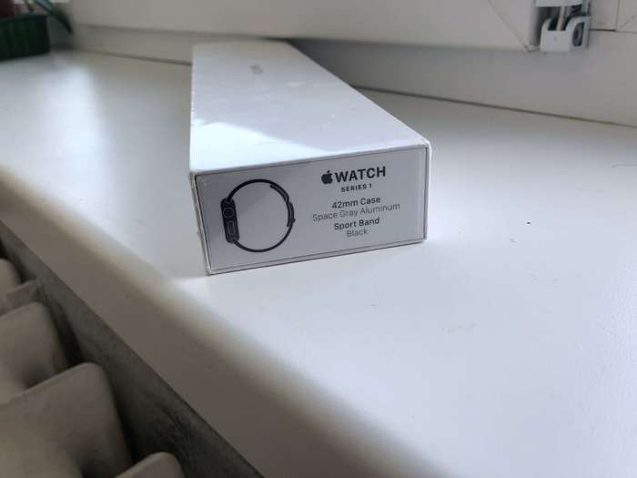 Apple Watch Series 1 42mm Space Gray Aluminium Case Sport Band iPoster.ua