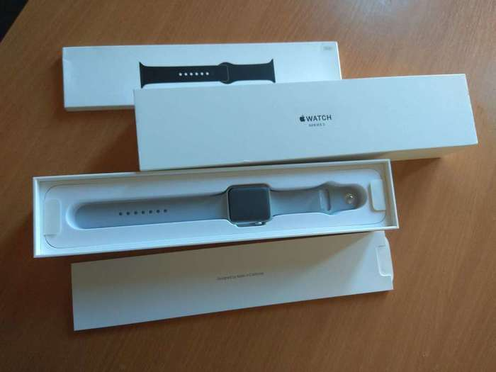 Apple Watch Series 3 42mm Silver Aluminium Case Sport Band iPoster.ua