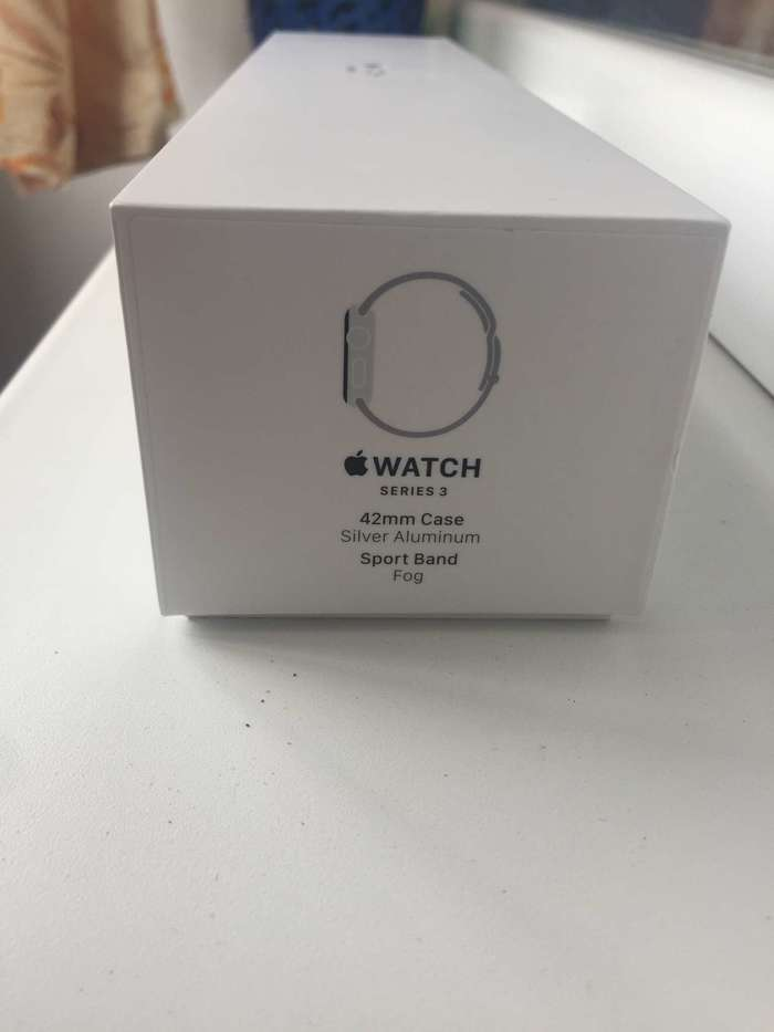 Apple Watch Series 3 42mm Space Gray Aluminium Case Sport Band iPoster.ua