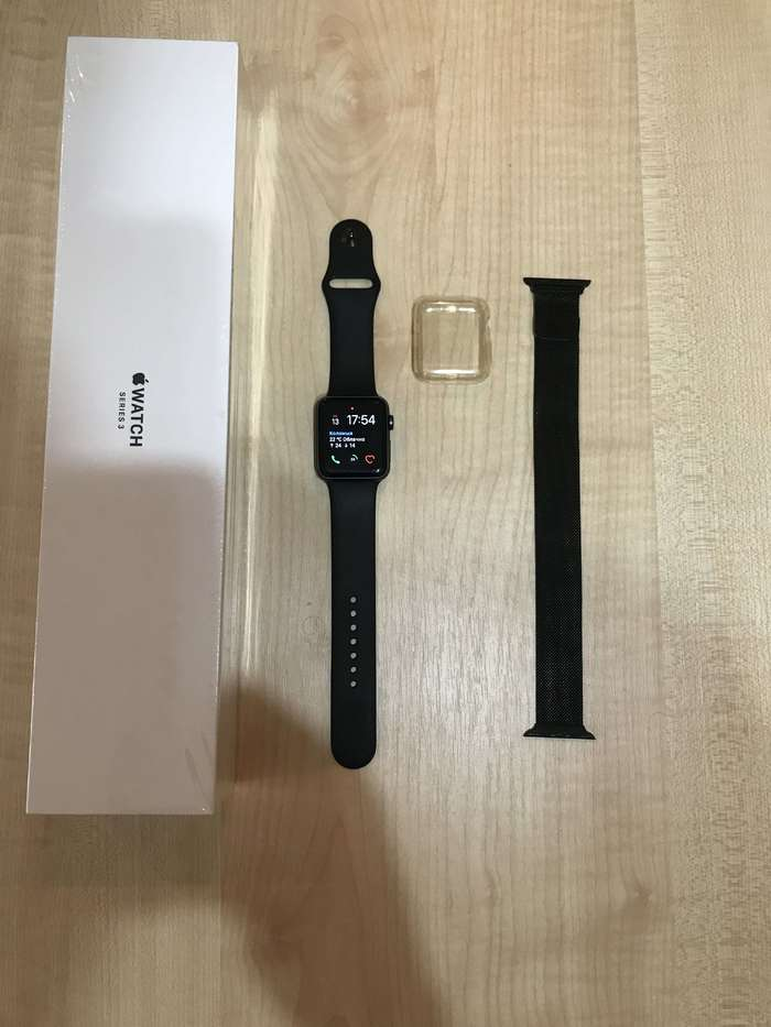 Apple Watch Series 3 42mm Space Gray Aluminium Case Sport Band БУ iPoster.ua