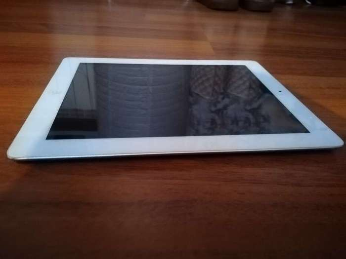 iPad 2 16 GB White Wi-Fi БУ iPoster.ua