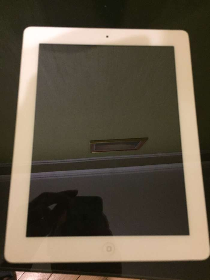 iPad 3 64 GB Wi-Fi + Cellular White БУ iPoster.ua