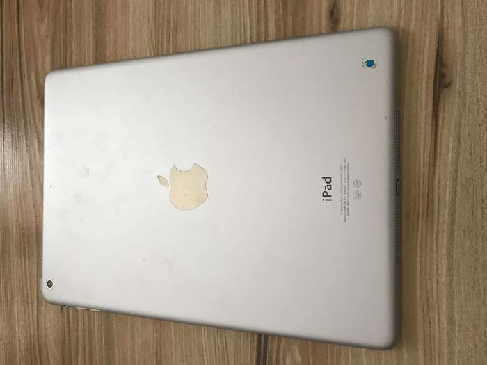 iPad Air 1 64 GB Silver Wi-Fi БУ iPoster.ua
