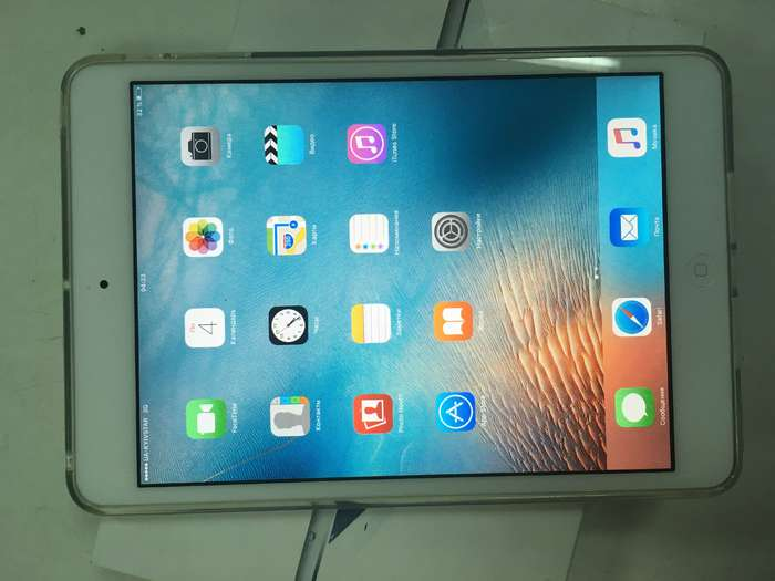 iPad mini 1 16 GB Silver Wi-Fi + Cellular БУ iPoster.ua