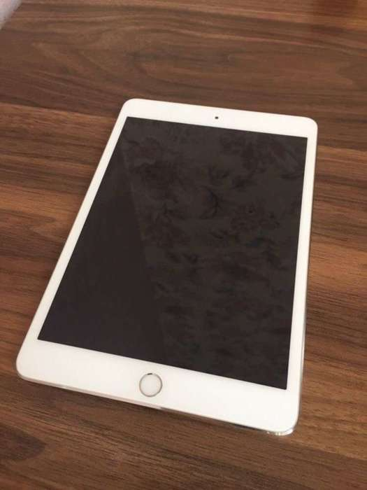 iPad mini 3 16GB Silver Wi-Fi БУ iPoster.ua