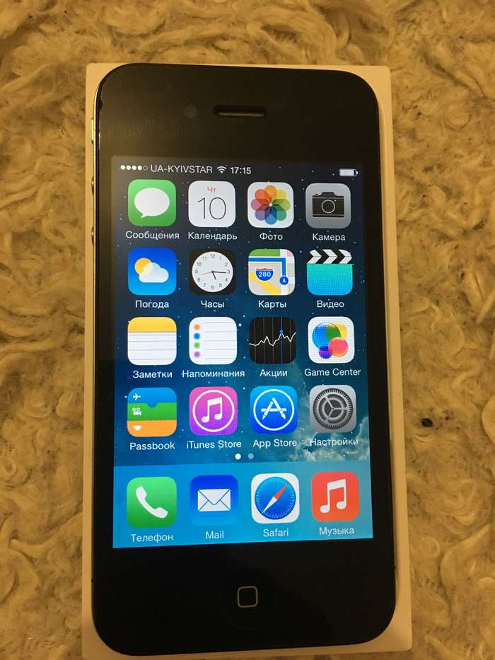 iPhone 4 16 GB Black БУ iPoster.ua