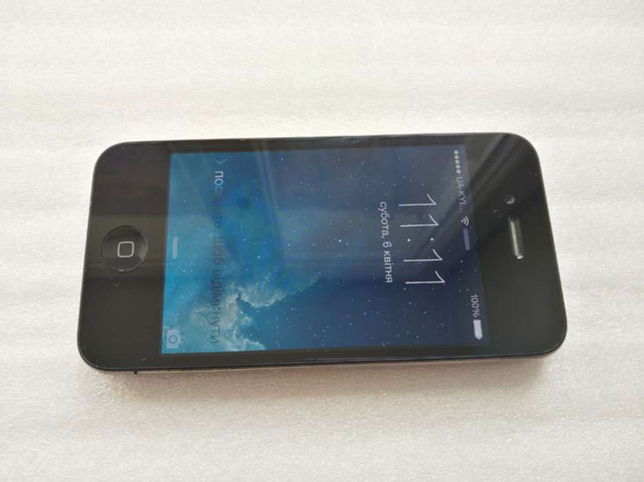 iPhone 4 32GB Black БУ iPoster.ua