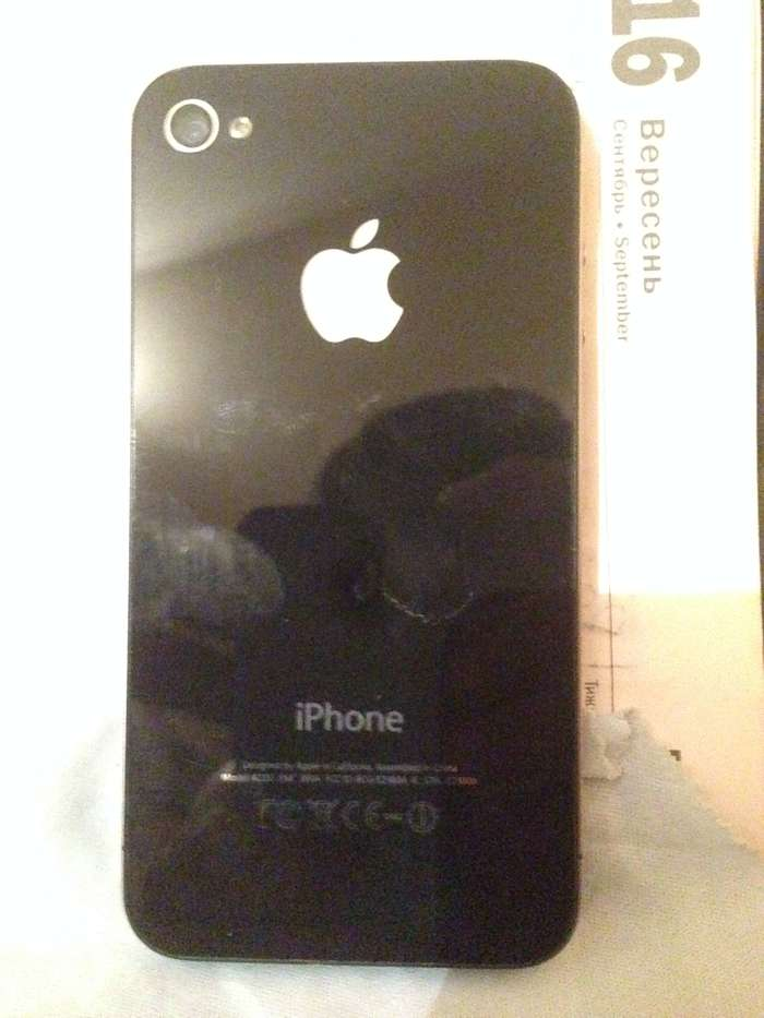 iPhone 4 8 GB Black БУ iPoster.ua