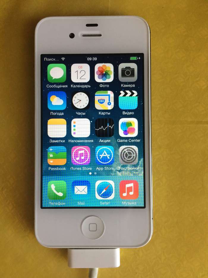 iPhone 4s 16 GB White iPoster.ua