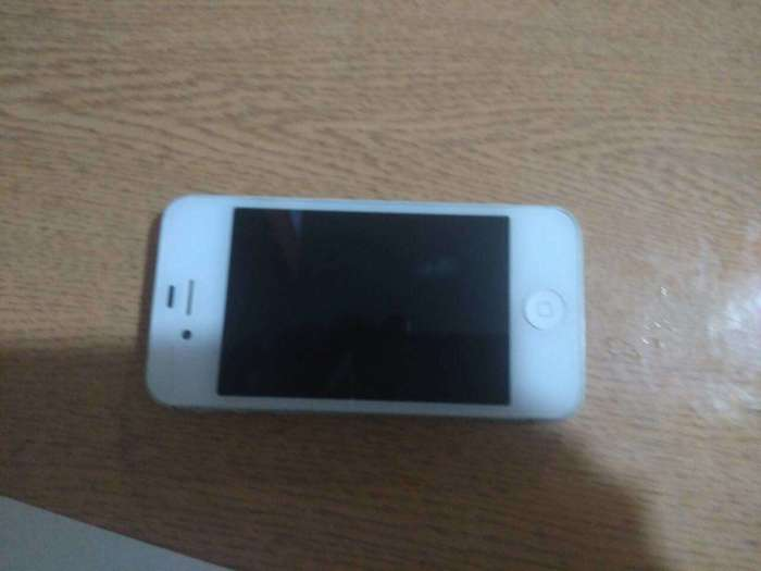 iPhone 4s 16 GB White БУ iPoster.ua