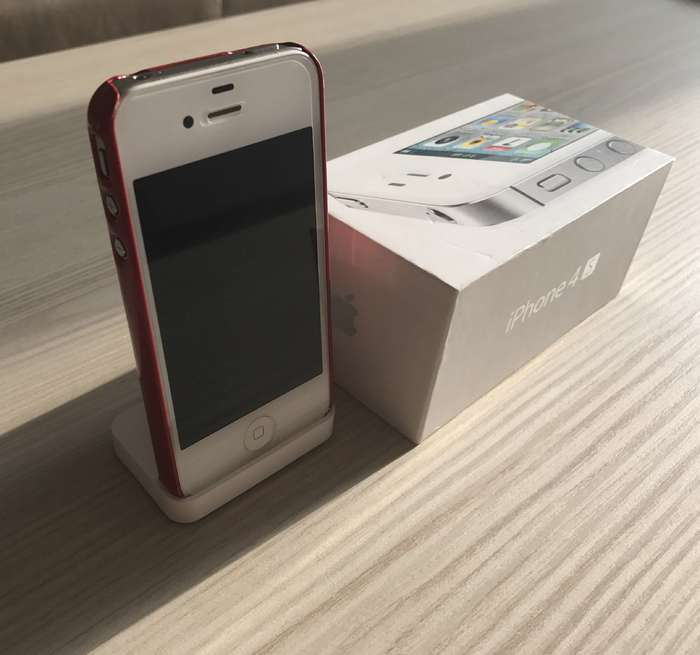 iPhone 4s 32 GB White iPoster.ua