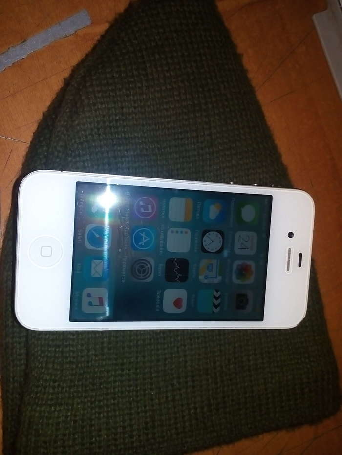 iPhone 4s 8 GB White БУ iPoster.ua