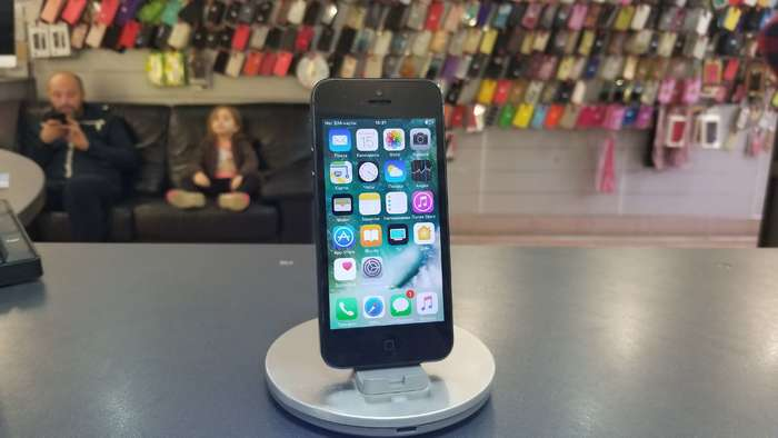 iPhone 5 32 GB Black БУ iPoster.ua