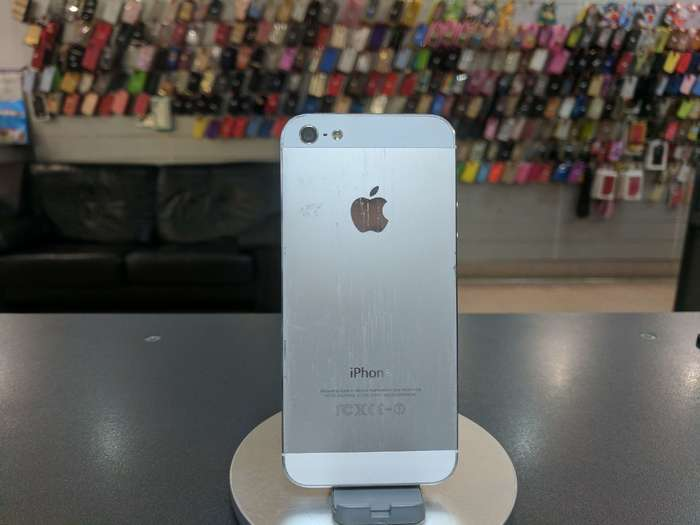 iPhone 5 64 GB White БУ iPoster.ua