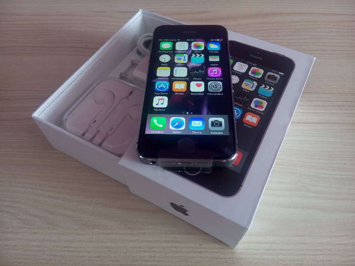 iPhone 5s 16GB Space Gray iPoster.ua