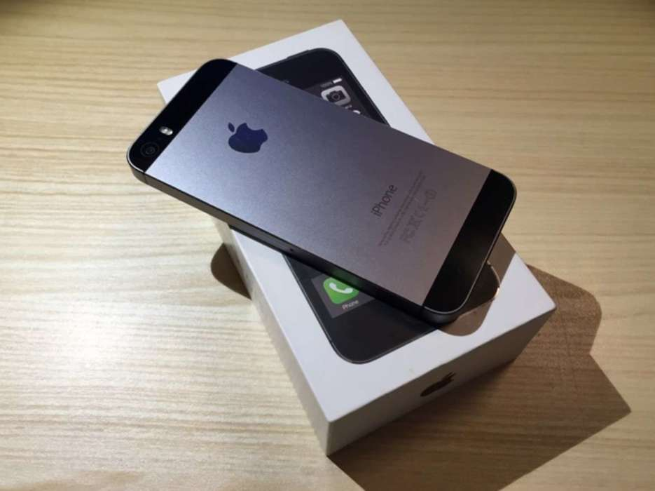 iPhone 5s 32GB Space Gray БУ iPoster.ua