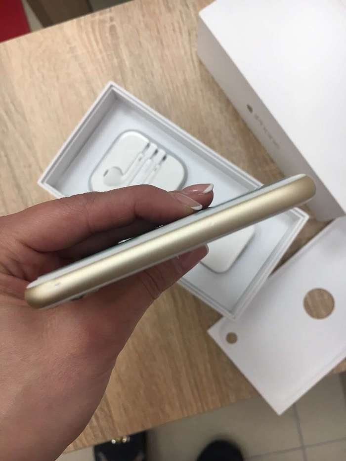 iPhone 6 Plus 16 GB Gold БУ iPoster.ua