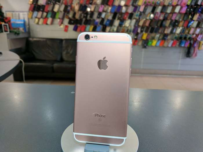 iPhone 6s 16 GB Rose Gold БУ iPoster.ua