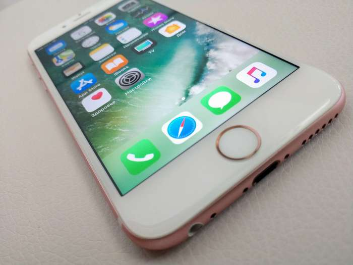 iPhone 6s 16 GB Rose Gold iPoster.ua