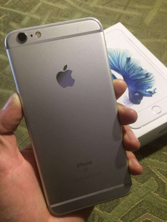 iPhone 6s Plus 128GB Silver БУ iPoster.ua