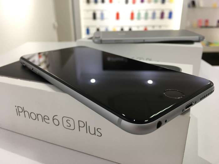 iPhone 6s Plus 64 GB Space Gray БУ iPoster.ua