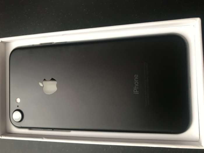 iPhone 7 128 GB Black БУ iPoster.ua