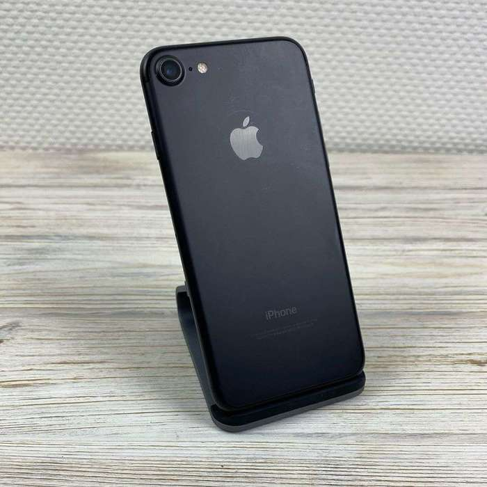 iPhone 7 128GB Jet Black БУ iPoster.ua