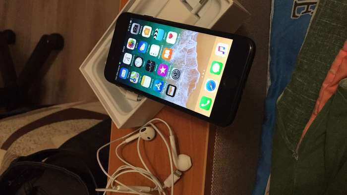 iPhone 7 32 GB Black iPoster.ua