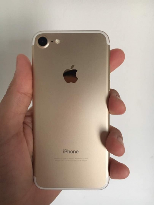 iPhone 7 32 GB Gold iPoster.ua