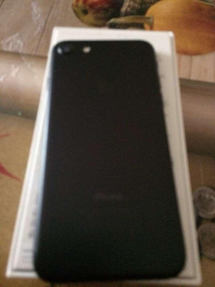 iPhone 7 32GB Jet Black БУ