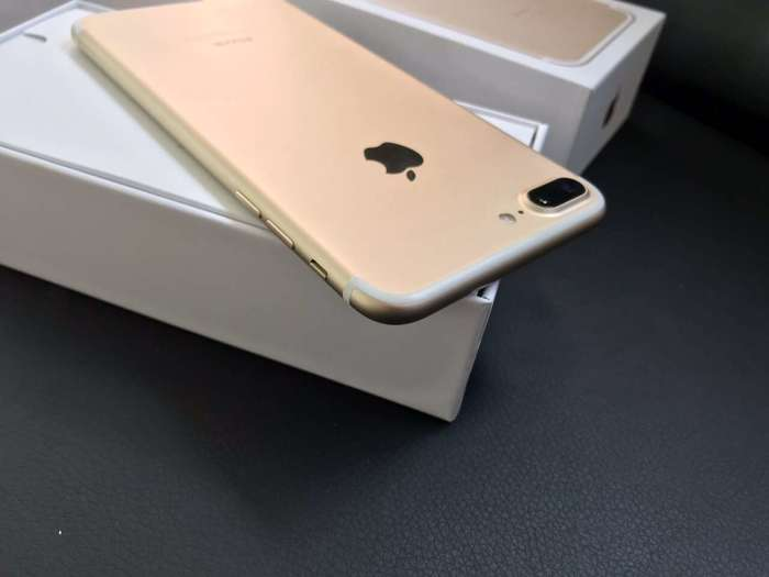 iPhone 7 Plus 128 GB Gold БУ iPoster.ua
