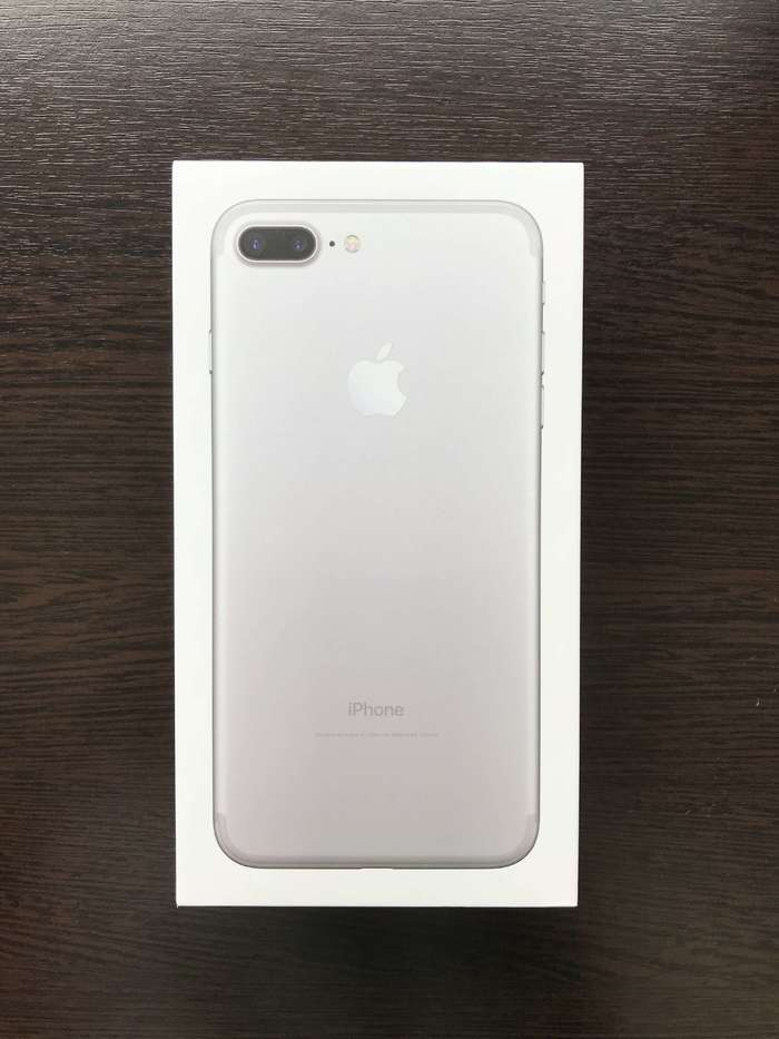 iPhone 7 Plus 128 GB Silver iPoster.ua