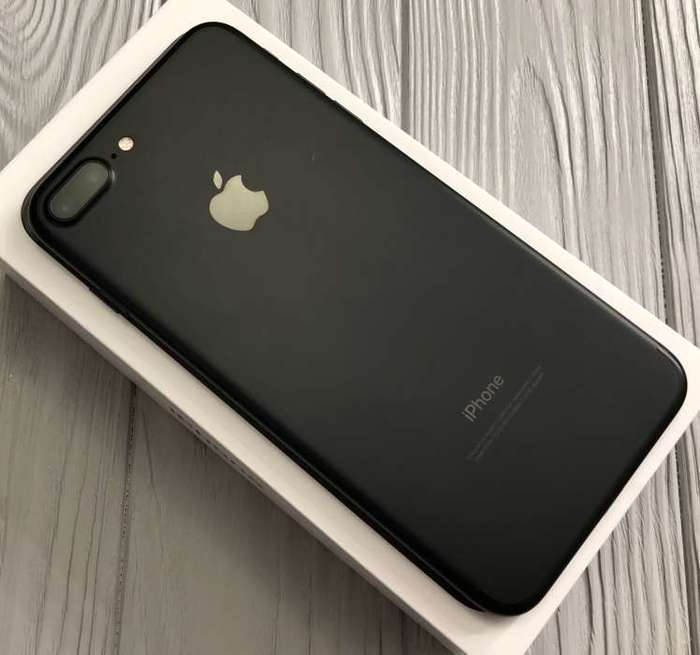 iPhone 7 Plus 256GB Black БУ iPoster.ua