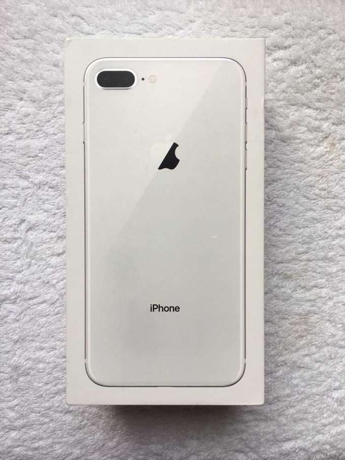 iPhone 8 Plus 256GB Silver iPoster.ua
