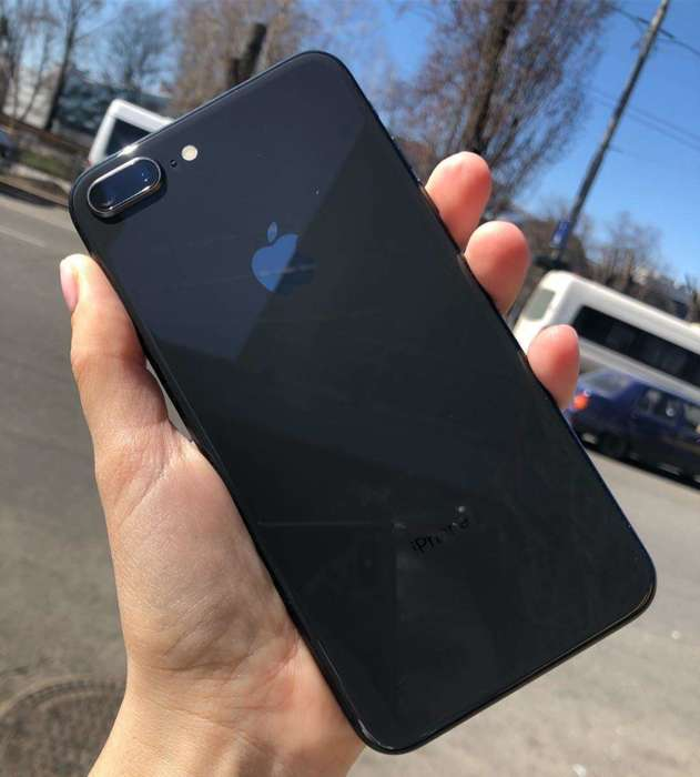 iPhone 8 Plus 256GB Space Gray БУ iPoster.ua