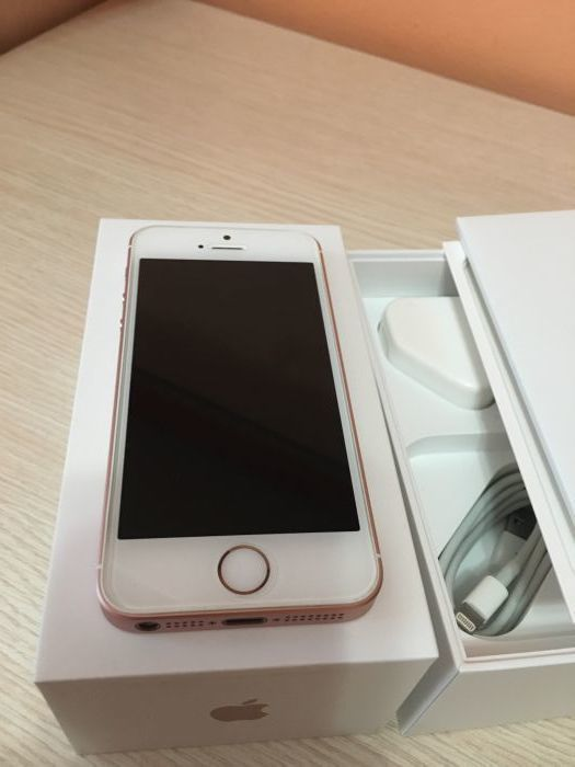 iPhone SE 128GB Rose Gold БУ iPoster.ua