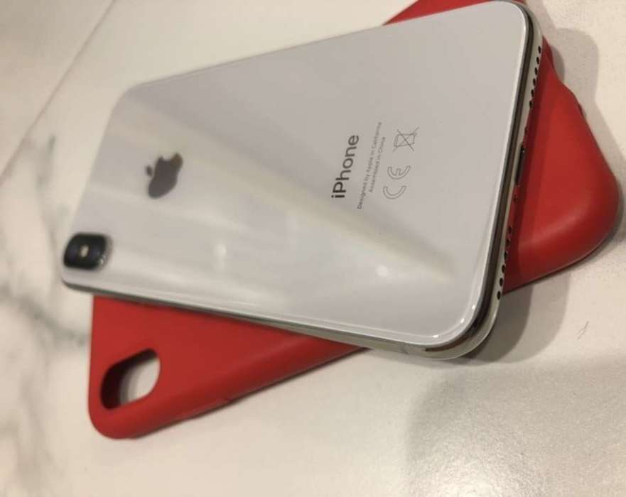 iPhone X 256GB Silver БУ iPoster.ua