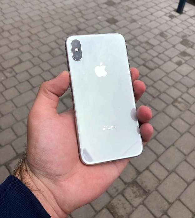 iPhone Xs 256GB Silver БУ iPoster.ua