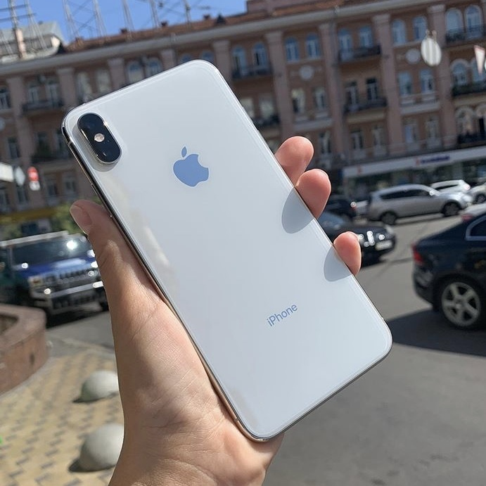 iPhone Xs 64GB Silver БУ iPoster.ua