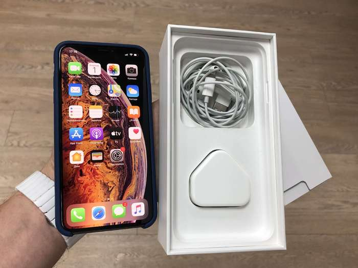 iPhone Xs Max 64GB Gold БУ iPoster.ua