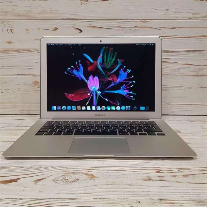 "MacBook Air 13"" 2017 БУ iPoster.ua"